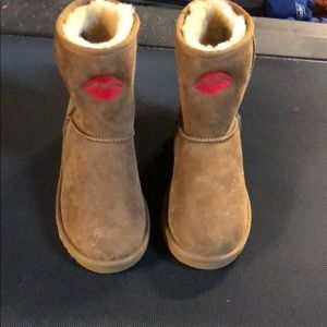 New embroidered uggs